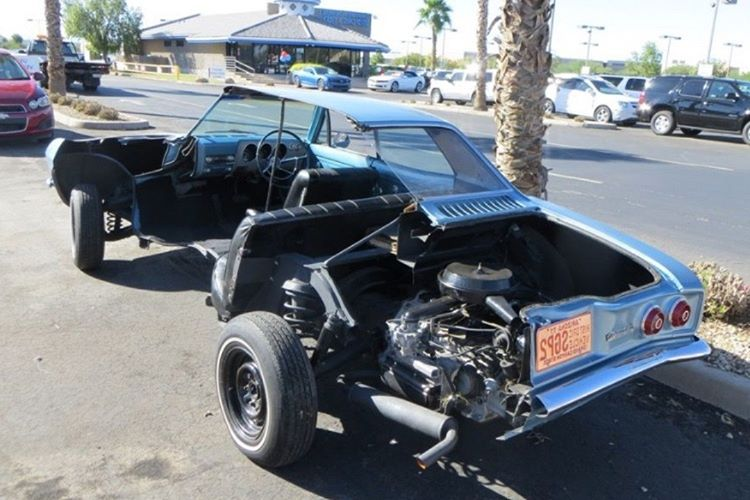 Chevy Corvair, Volkswagen Beetle'la yarışması amacıyla tasarlanmıştı.