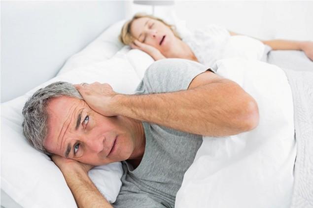 4 Cara Hentikan Kebiasaan Tidur Ngorok