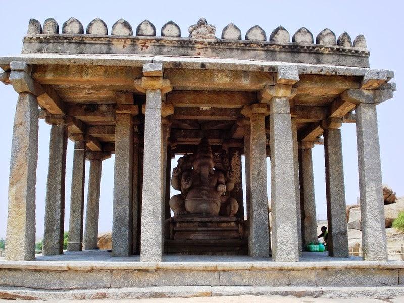 Parvathi Ganesha of Hampi, Karnataka