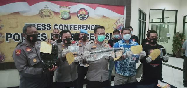 Teman Dekat Ditikam Hingga Tewas, Polres Metro Bekasi Berasil Bekuk Pelaku