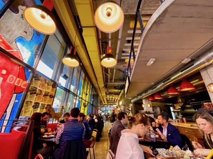 Limbo マドリードの炭火焼ローストチキンが美味しいレストラン・リンボの店内
