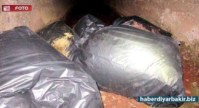 DİYARBAKIR-Diyarbakır'da 2 gün içerisinde yapılan farklı yol kontrollerinde 355 kilo uyuşturucu madde ele geçirildiği şüpheli 6 şüpheli hakkında adli işlem başlatıldığı bildirildi.