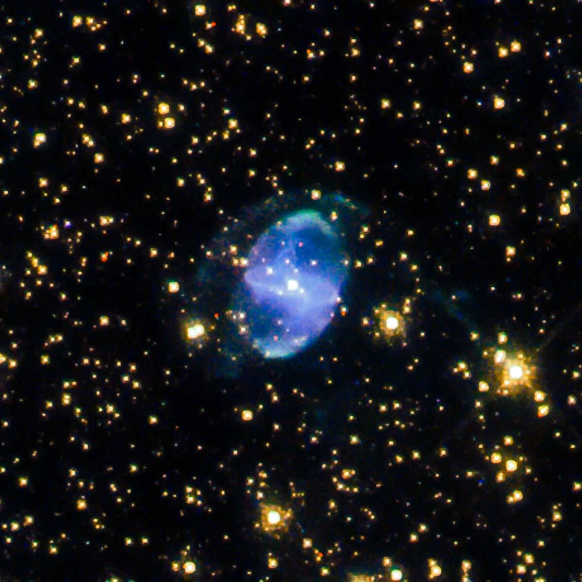 Hubble explora um 'distribuidor interestelar' na constelação de Escorpião