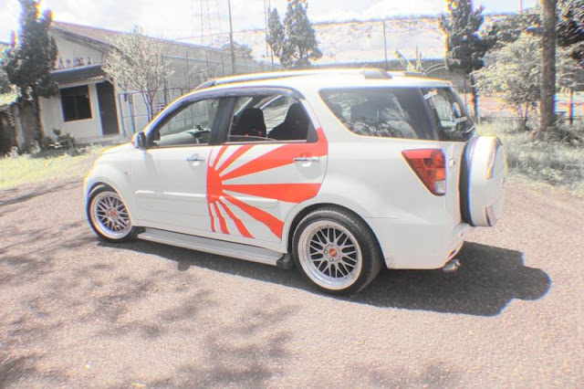 Modifikasi Mobil Tooyota Rush