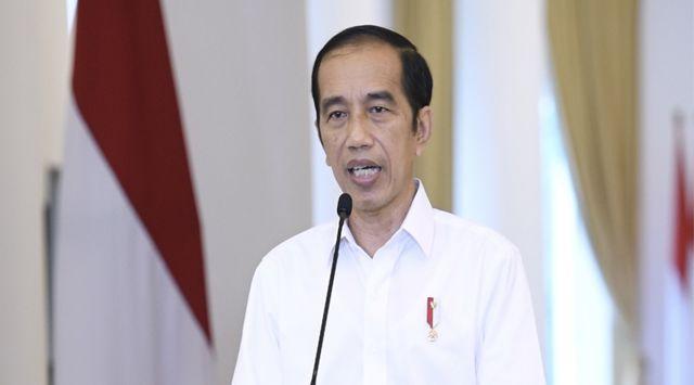 Jokowi Jawab Isu UMK Dihapus, Cuti Tak Ada, Gaji Dihitung per Jam