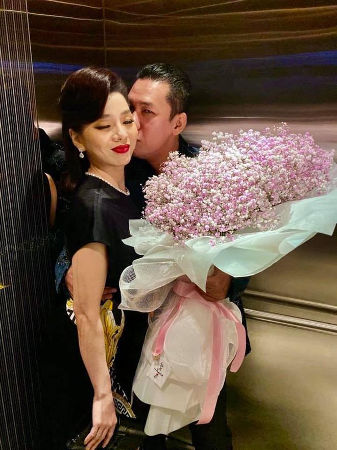 Chồng ca sĩ Lệ Quyên: 'Chúng tôi chưa ly hôn'
