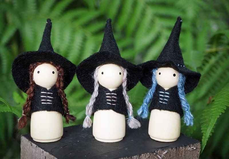 peg doll witches with hair