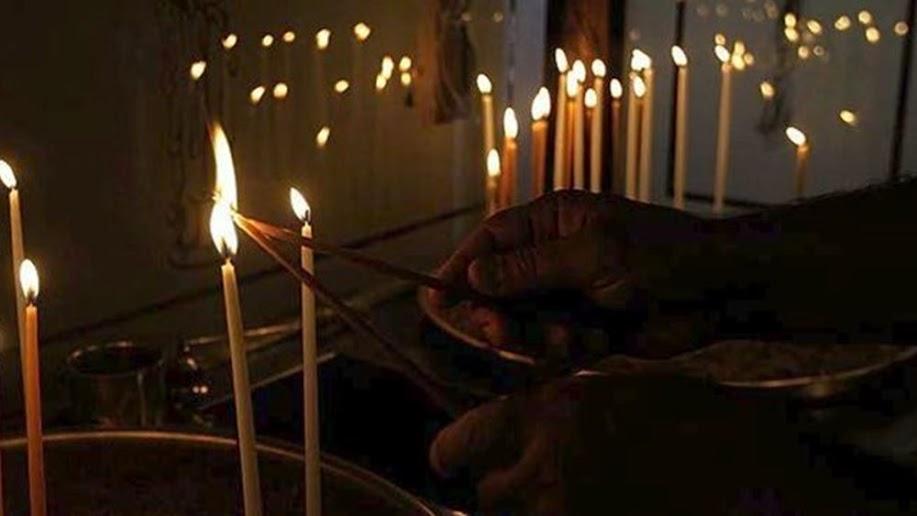 """""""Ιερός πόλεμος"""" για τα μέτρα στις εκκλησίες τα Χριστούγεννα"""