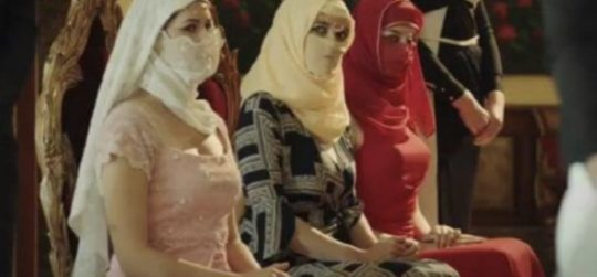 Man Who Dies To Live Jilbab Terbuka