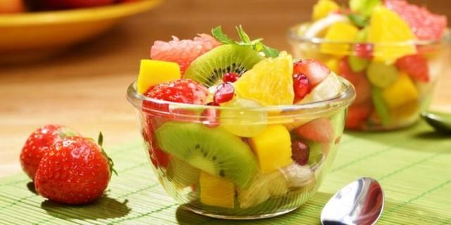 makan buah sebelum makan siang