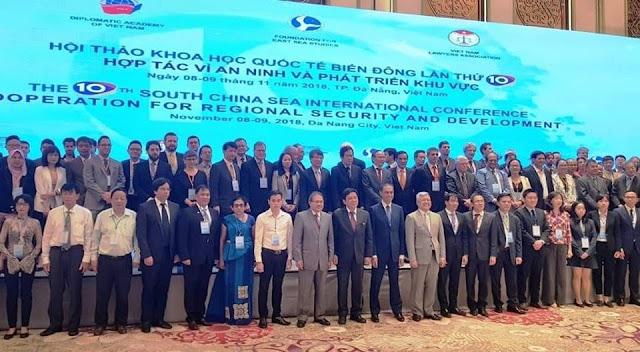 """Hội thảo Biển Đông Tại Đà Nẵng công nhận """"South China Sea"""" (Biển Đông) là của Trung Quốc"""