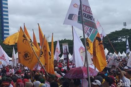 Kampanye Akbar Prabowo di Makassar Pecahh! Bendera Golkar Bergambar Prabowo-Sandi juga Ikut Berkibar