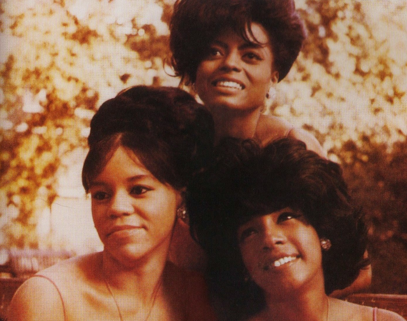 Hysterically Assertive : THE SUPREMES - LIVE CIRCA 1965-66