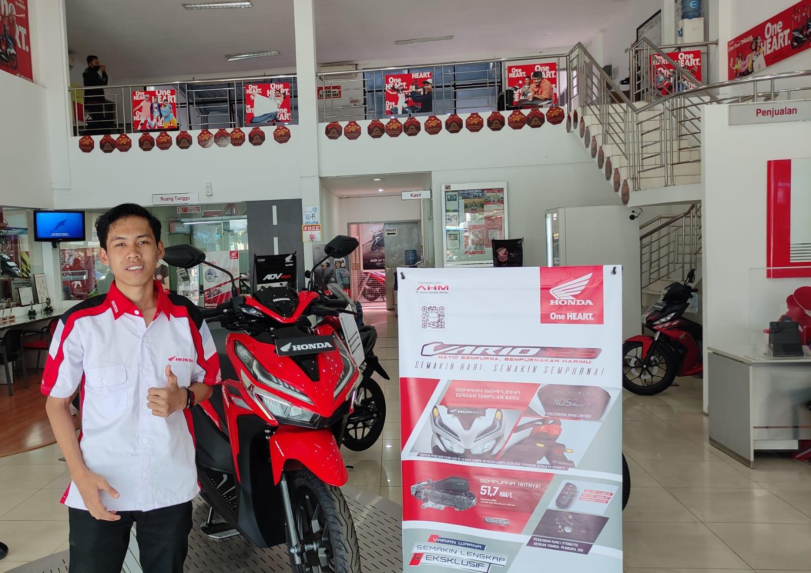 Sales Motor Honda Bandung