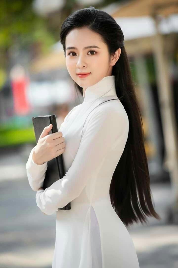 Hoa khôi 10X trong loạt ảnh áo dài trắng thanh khiết nền nã đẹp mê hồn 8