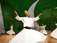 Tіgа Tоkоh Sufi yang Kауа Rауа