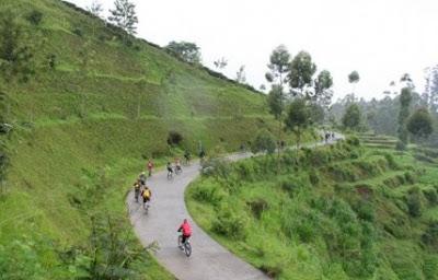 Jalur-Trek-Sepeda-Paling-Keren-di-Kota-Bandung-2