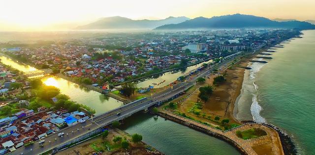 Sebelum Membeli Tiket Pesawat Batam Padang, Yuk Kenali Ibukota Sumatera Barat