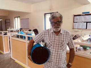 Shycocan in Kumar's hand