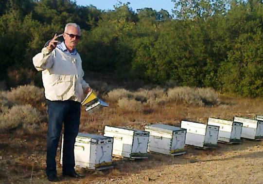 Βασίλης Ντούρας: Οι θέσεις του 3ΟΥ Πανελλήνιου Συνεδρίου Επαγγελματικής Μελισσοκομίας ΖΗΜΙΩΝΟΥΝ τους Μελισσοκόμους