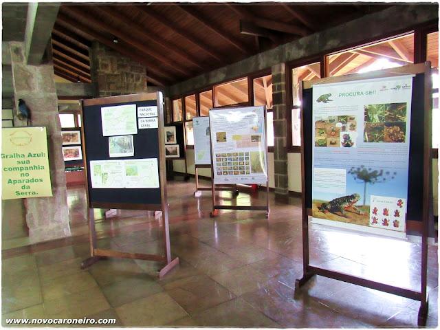 Parque Nacional de Aparados da Serra, em Cambará do Sul-RS. Uma das mais lindas imagens do interior gaúcho. Já foi cenário de filmes e novelas. Mostra a força do tempo e da natureza. No interior da sede do Parque, há várias explicações sobre fauna e flora locais.