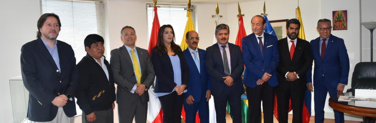 تفاصيل لقاء وفد برلماني مغربي مع رئيس برلمان الأنديز بكولومبيا