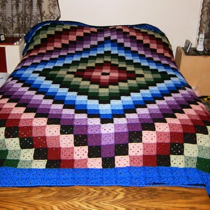Around the World Crochet Quilt - Free Pattern