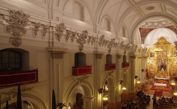 El santuario de la Victoria abre desde este viernes su puerta para ver a la Patrona de Málaga a distancia