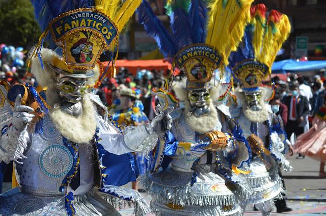 Entrada folklórica de la Virgen del Carmen en El Alto