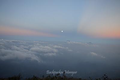 Senja di Puncak Sejati Gunung Sumbing - Backpacker Manyar