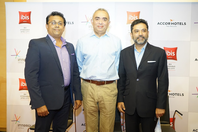 L-R Rubin Cherian, General Manager, ibis Hyderabad, J.B. Singh, (President & CEO, InterGlobe Hotels) along with Arif Patel (Vice-President -Sales, Marketing and Distribution, India AccorHotels)