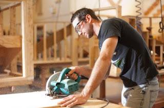 Urgent Recruitment Carpenters and Spray Painters for Furniture Factory in Dubai
