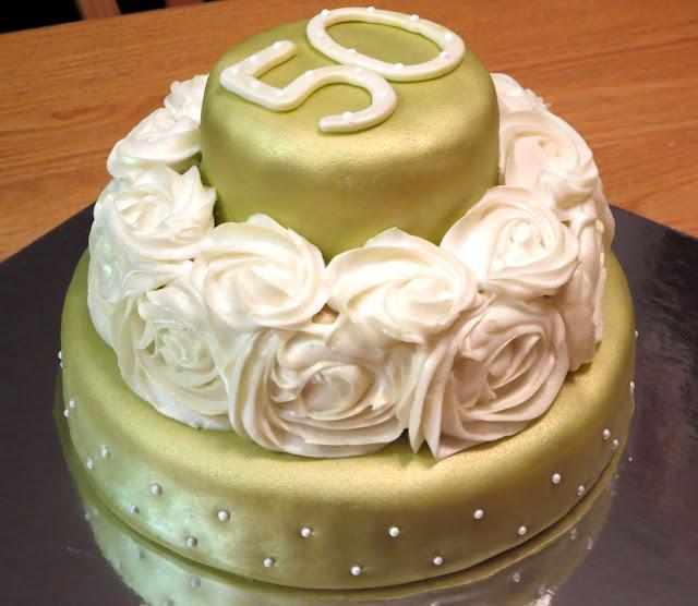 Golden 50th Anniversary Rose Cake 1