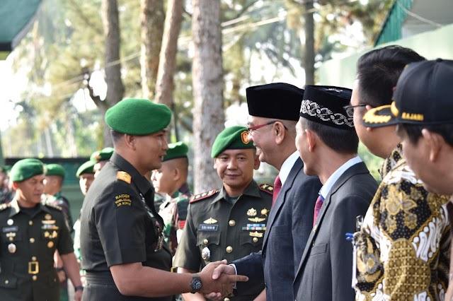 Danrem 032/Wirabraja Pimpin Sertijab Dan Yonif 131/Brajasakti, Wako : Selamat Jalan Mayor Yusuf, Selamat Datang Mayor Erfani