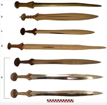 Des scientifiques étudient les anciennes méthodes de combat à l'épée au cours de la période de l'âge du bronze