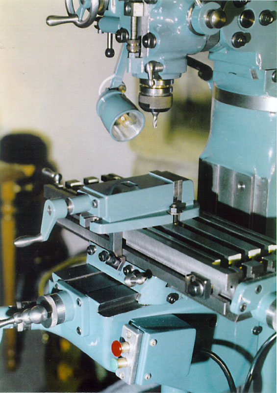 Bridgeport Mill For Sale >> World Of Technology: Miniature Bridgeport milling machine