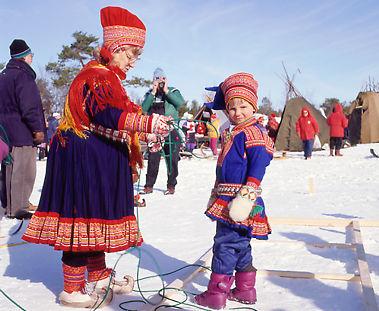 sami indigenous four countries finland saami same sweden tribes finnish norway northern tribe scandinavia culture lapland laplanders peuple sammi laponie