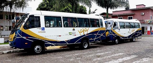 APAE de Balneário Piçarras recebe dois ônibus para serviço de transporte