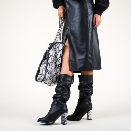 Cizme negre cu toc gros  si snake print la moda