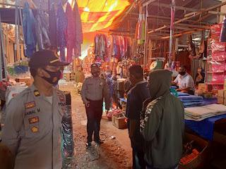Patroli Ke Pasar Anggota Polsek Alla Tengah Beri Imbauan Kamtibmas