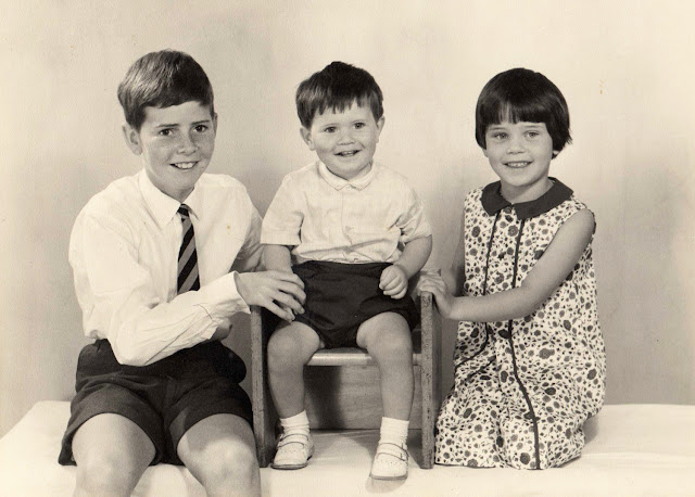 Is This Mutton's Gail Hanlon, right, with brothers in a studio photograph around 1967