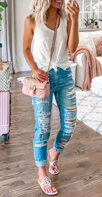 Casual Summer Outfits Ideas For Women