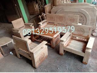 salah satu contoh kursi tamu kayu jati tua