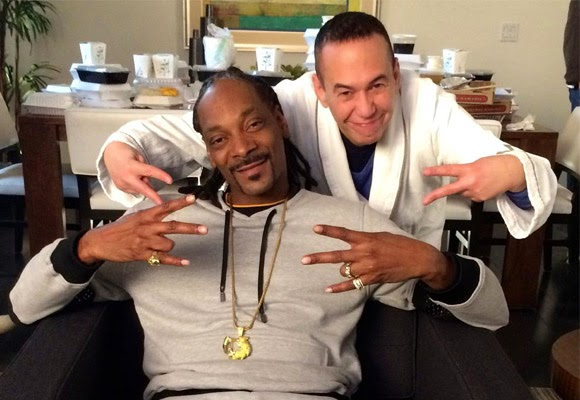 Snoop Dogg and Gilbert Gottfried Star in Hilariousl New EAT24's Hangry Super Bowl Ad