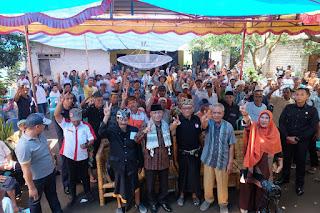 <b>Kukuhkan Relawan Merang Sasak, Ahyar Abduh Disambut Ratusan Warga Sambelia</b>