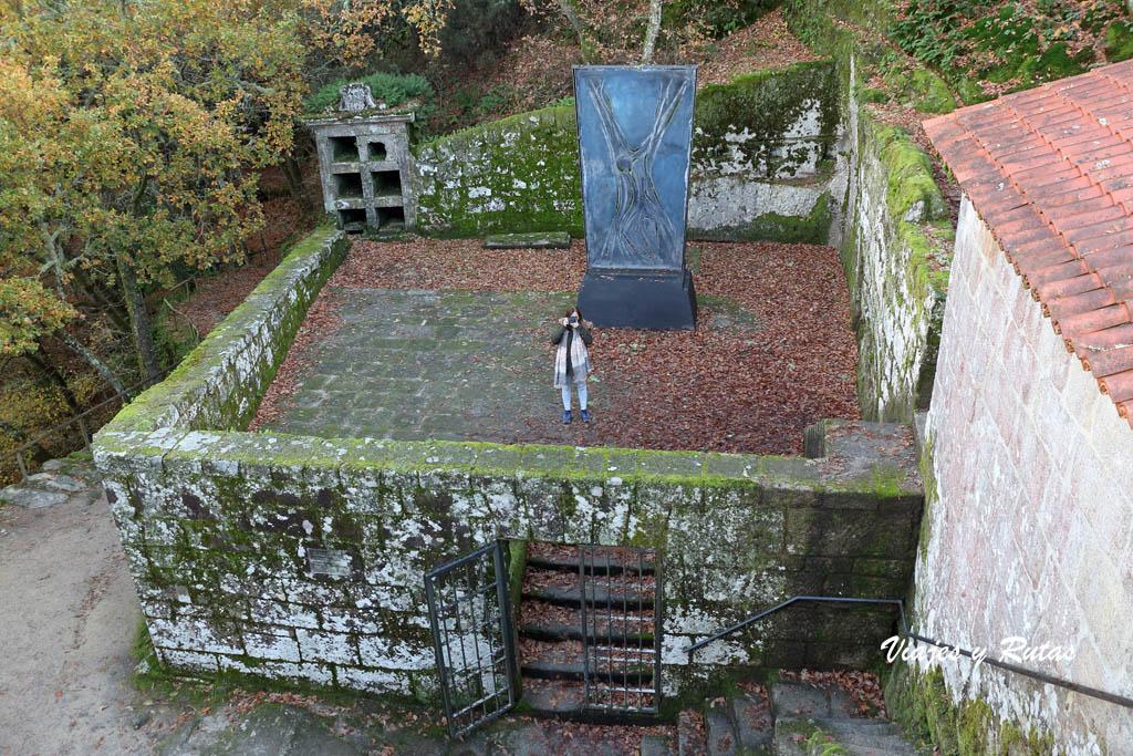 Cementerio de San Pedro de Rocas