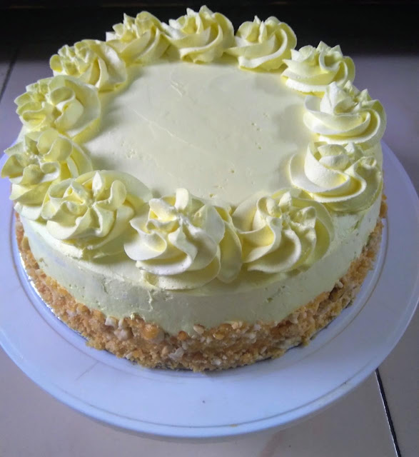 Eggless-butterscotch-cake.png
