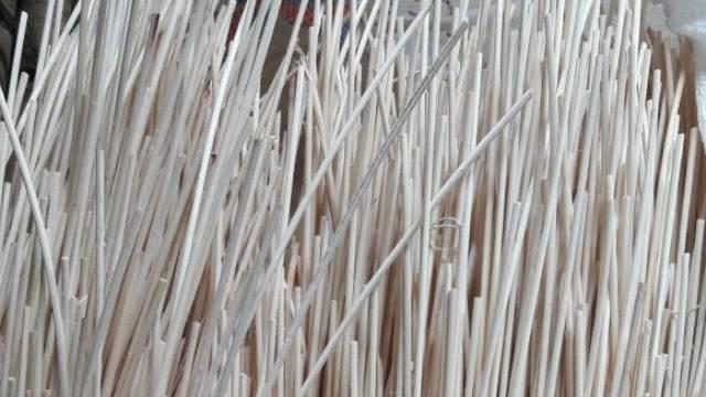 kayu rotan pietrit