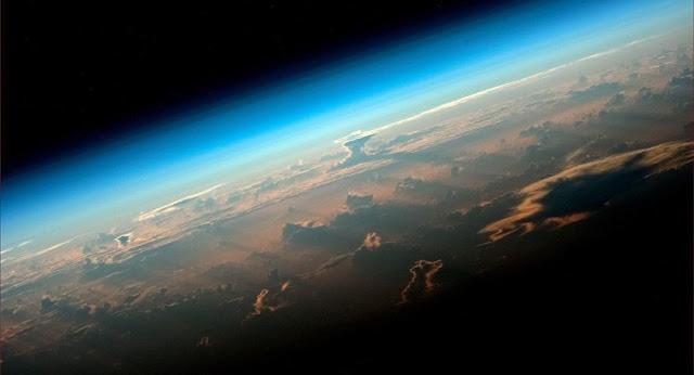 """عمرها مليار عام... العلماء يكتشفون """"أصل"""" كل الكائنات على كوكب الأرض"""