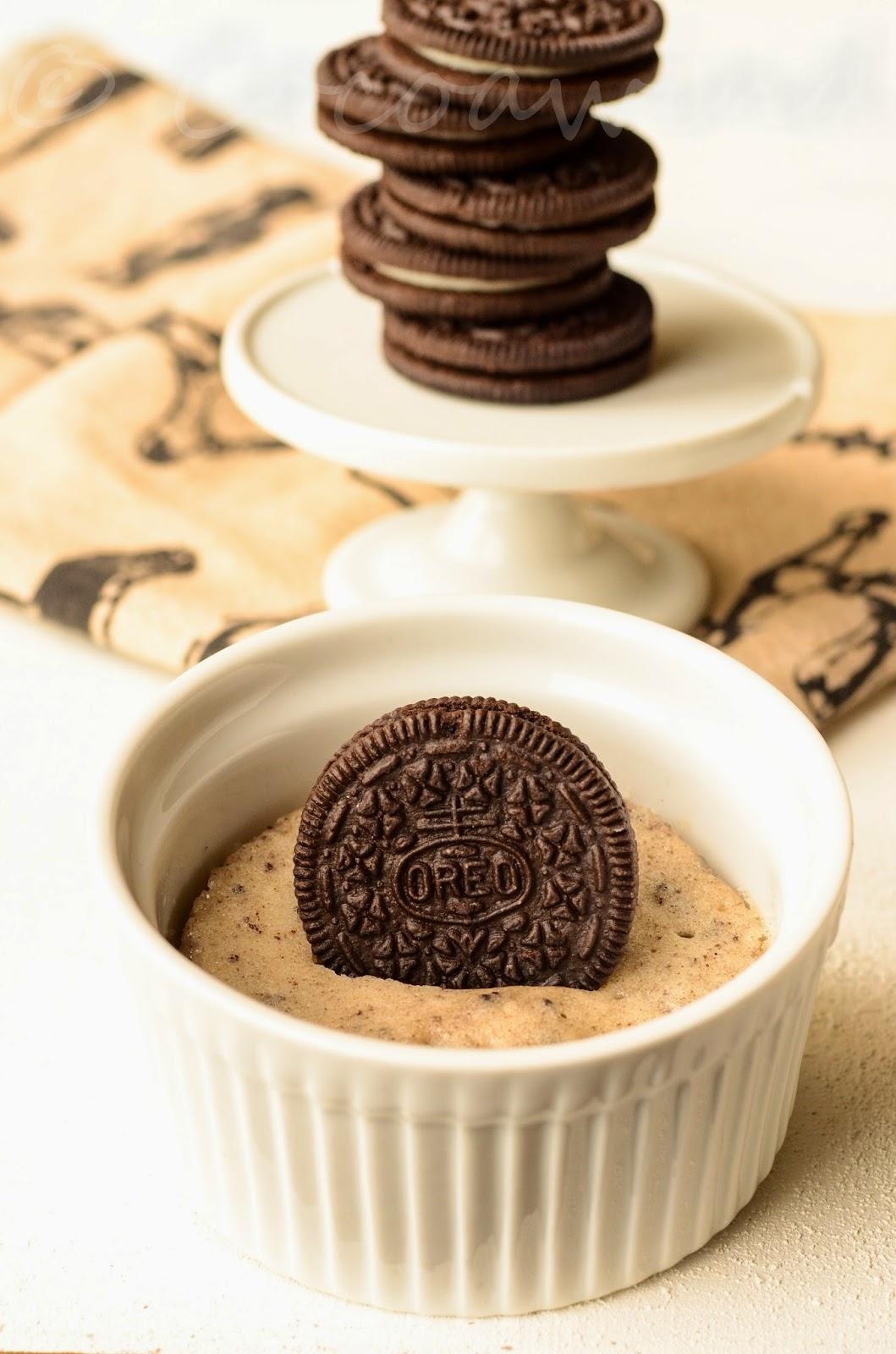 One-Minute Cookies and Cream Mug Cake - Oreo & White ...